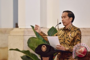 President Jokowi apprehensive about 2017 inflation exceeding last year`s figure