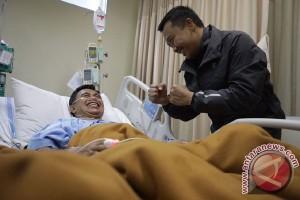 Imam Nahrawi: Ellyas Pical mulai tersenyum di RS Harapan Kita