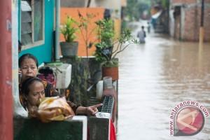 Pemerintah siaga cuaca ekstrem hingga Maret 2017