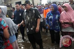 Gubernur Jabar Tinjau Banjir Bekasi