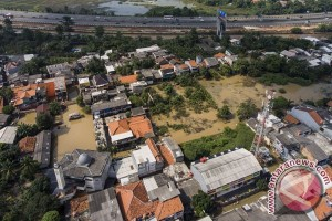 Luapan sungai rendam 24 RW di Jakarta