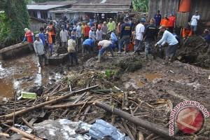 Pengungsi Banjir Bandang Kendal