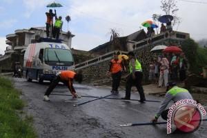 Olah TKP Kecelakaan Bus