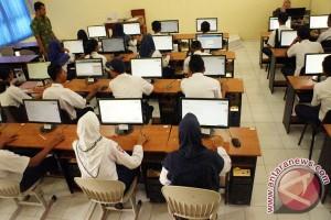 Penjabat : jelang UN sekolah dilarang pungli