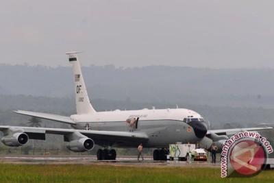 Pesawat Amerika Mendarat Darurat di Aceh