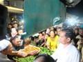 """Presiden Joko Widodo blusukan ke pasar """"Hongkong"""" Singkawang,Jumat (17/3/2017).(ANTARANews/desca situmorang)"""
