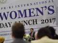 """Ketua DPR Setya Novanto menyampaikan sambutan saat menghadiri peringatan Hari Perempuan Internasional yang diprakarsai Badan Kerja Sama Antar Parlemen DPR di Kompleks Parlemen, Senayan, Jakarta, Senin (20/3/2017). Kegiatan yang dihadiri duta besar sejumlah negara sahabat itu mengangkat tema """"Women The Changing World of Work Planet 50:50 by 2030."""" (ANTARA/Wahyu Putro A)"""