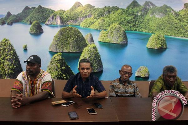 Masyarakat adat sedih menyadari kerusakan terumbu karang Raja Ampat
