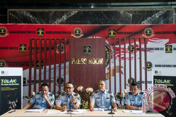Indonesia deportasi dua wartawan Prancis