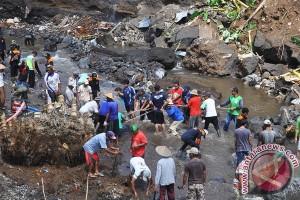 BPBD dirikan delapan posko penanganan banjir Padang Sidimpuan