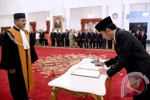 Hatta Ali ucapkan sumpah sebagai ketua MA