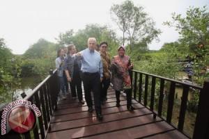 Dubes AS kunjungi mangrove Wonorejo Surabaya