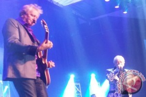"""Sweet Dreams"" buka konser Air Supply malam ini"
