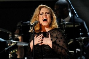 Adele batalkan dua konser di Stadion Wembley karena masalah suara