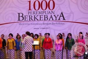 1000 Perempuan Berkebaya