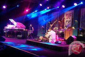 simakDialog buka Java Jazz Festival 2017 hari kedua