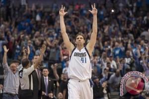 Dirk Nowitzki perpanjang kontrak bersama Mavericks