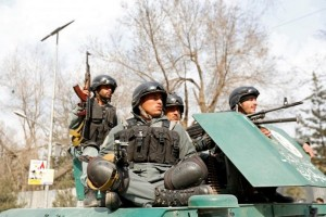 Kelompok bersenjata serang rumah sakit militer di Kabul