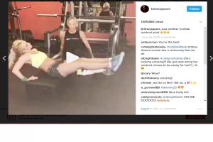 Cara Britney Spears latih ototnya