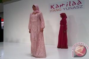 Itang Yunasz keluarkan koleksi busana Ramadhan