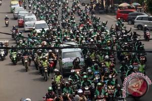 """Kementerian Perhubungan klaim angkutan """"online"""" setuju PM 32/2016"""