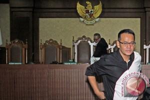 Sidang Dakwaan Fahmi Darmawansyah