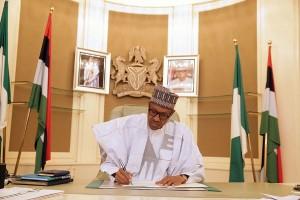 Lama absen, Presiden Nigeria Buhari kembali tampil di hadapan publik