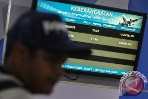 Inggris larang alat elektronik pada penerbangan dari enam negara