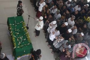 Pangdam pimpin upacara militer pemberangkatkan jenazah Hasyim