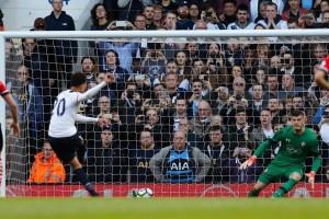 Kalahkan Southampton 2-1, Tottenham pangkas jarak poin dari Chelsea