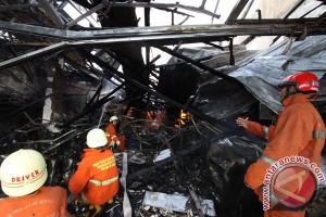 Kebakaran melanda rumah di Kawasan Senen