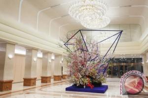 Keio Plaza Hotel Tokyo gelar pameran seni merangkai bunga Ikebana karya seniman Hiroki Maeno