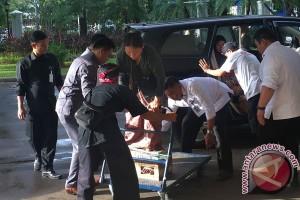 Empat petani Kendeng dengan kaki disemen diterima Istana
