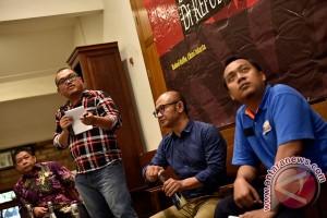 Diskusi Demokrasi Dalam Republik Sosial Media