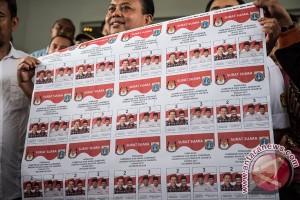 Cetak Surat Suara Pilkada Jakarta
