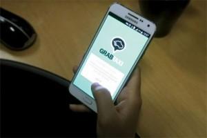 Pemilik taksi online yang berkoperasi diberi insentif