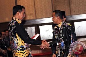 Presiden Jokowi paparkan tiga tahap pembangunan kepada HIPMI