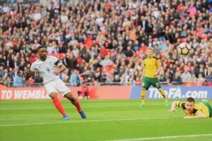 Defoe antar Inggris rehat dengan keunggulan 1-0 atas Lithuania