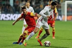 Polandia kalahkan Montenegro 2-1