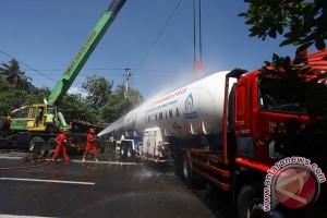 Mobil tangki LPG tabrakan di jalan Yogyakarta-Purworejo