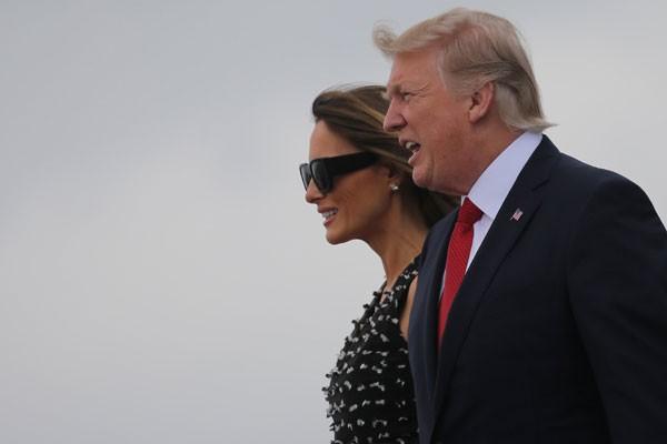 Presiden AS bertolak untuk kunjungan luar negeri pertamanya