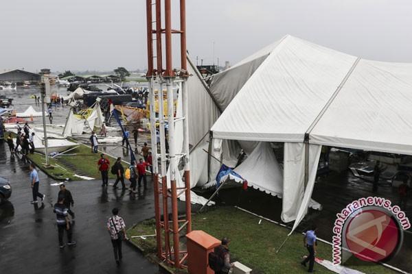 Soal tenda pameran roboh, TNI-AU siap tanggung biaya pengobatan korban