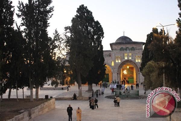 Palestine urges int`l community to protect Al Aqsa Mosque