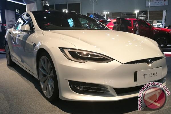 Tesla ungkap rencana merakit mobil di Shanghai