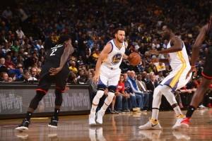 Bangkit dari ketertinggalan, Warriors benamkan Rockets