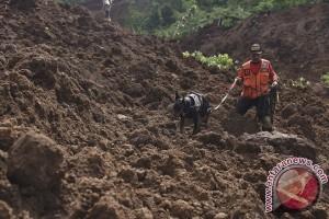 Puluhan rumah di Minahasa Tenggara tertimbun longsor
