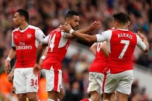 Klasemen Liga Inggris, Arsenal ancam kudeta Liverpool
