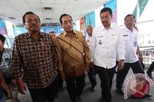 Menhub tegaskan kereta api Trans Sumatera terus dibangun