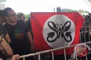 Ada bendera Slank di konser Coldplay Thailand