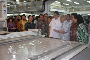 Capai tiga juta tenaga kerja, industri tekstil jadi jaring pengaman sosial